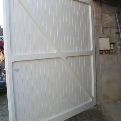 Grande Porte De Grange De Type Portail Sur Mesure 2 Vantaux Vue Int